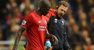 mamadou-sakho-liverpool-crystal-palace-injury-anfield_3374961