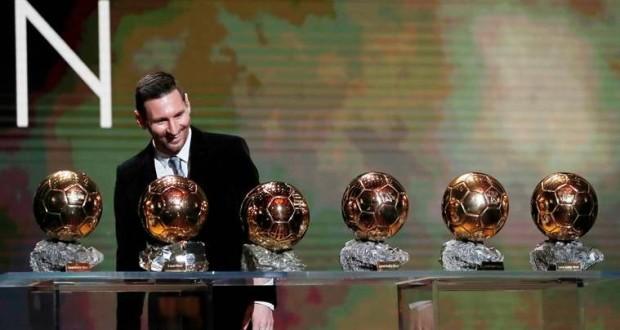 Messi-Ballon.jpg